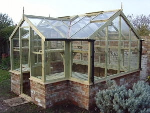 Timber Mallard Greenhouses